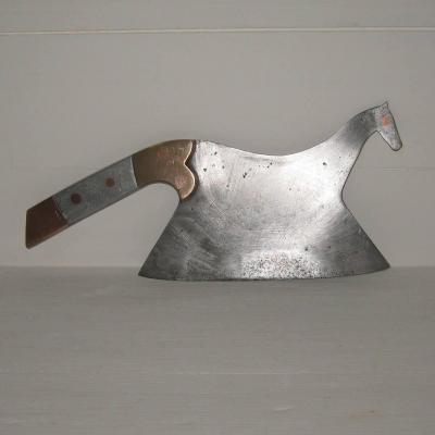 Ancien hachoir feuille de boucher couperet zoomorphe forme cheval