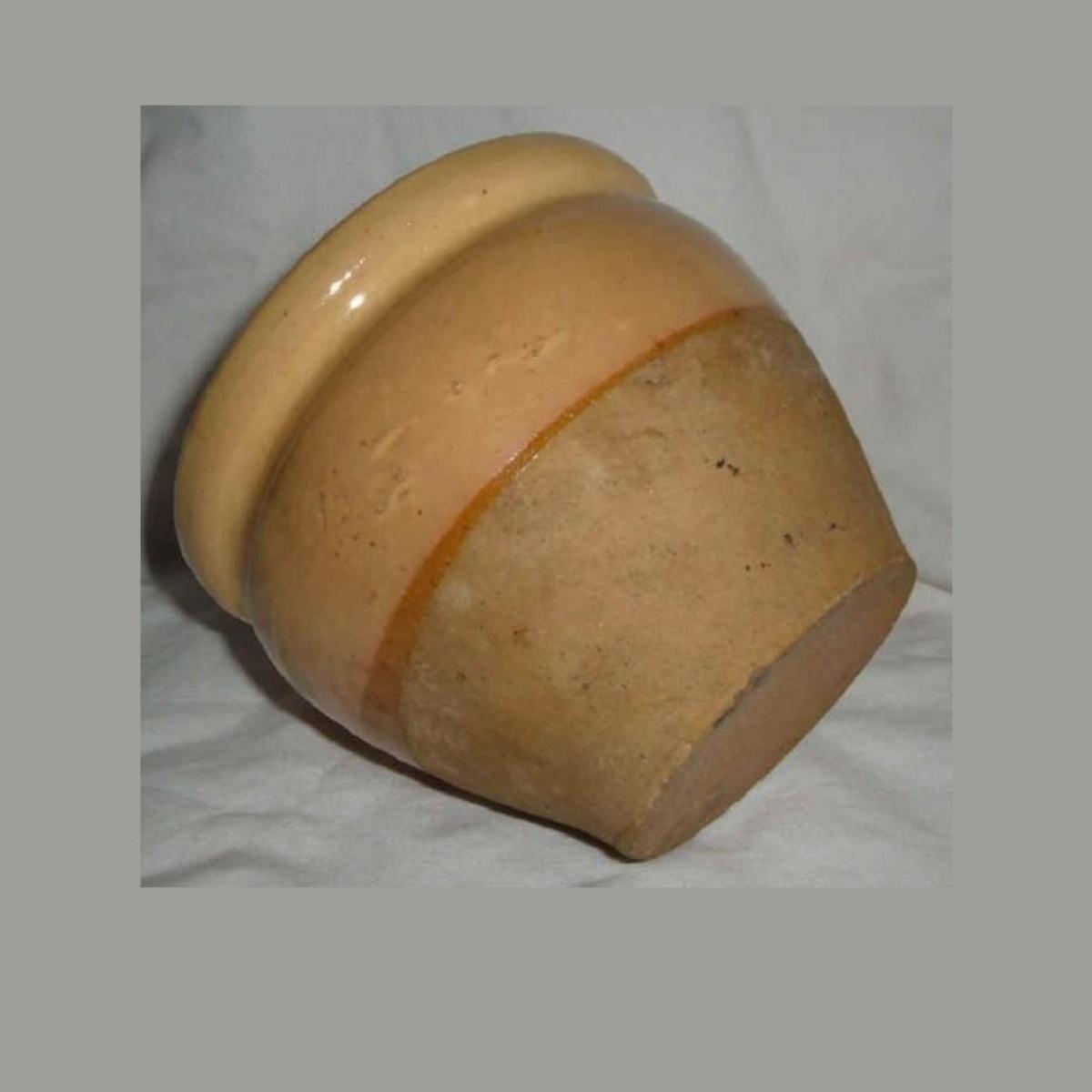 Ancien pot a confiture conique en gres vernisse jaune paille et gres brut ht 11cm 2