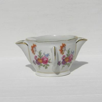 Ancienne saucière gras et maigre en porcelaine française décor aux fleurs champêtres