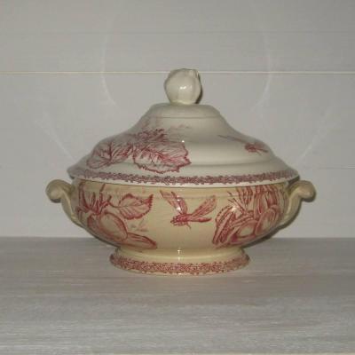 Ancienne petite soupière ou légumier en faïence de Choisy le Roi HB & Cie décor fruits et insectes