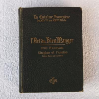 La cuisine française du XIVème au XXème siècle par Richardin 1913 illustrations de Robida