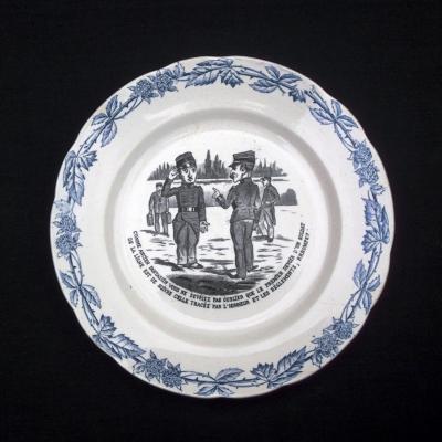 Ancienne assiette de la faïencerie Lorraine FENAL Frères PEXONNE MURIER