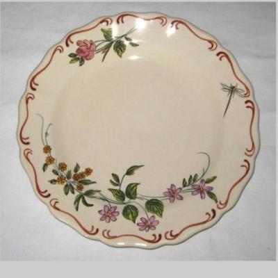 Assiette ancienne à décor botanique Aubagne signée L Sicard (1)