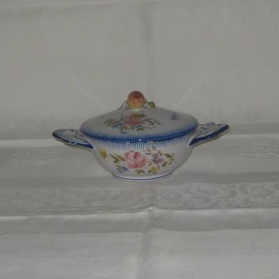 Ancien bouillon décor fleurs et insectes Molin faïencerie Charolles (a)