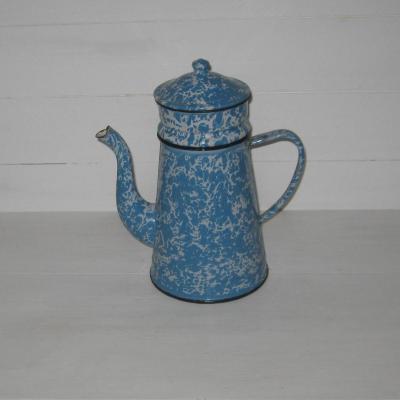 Ancienne cafetière en tôle émaillée marbrée bleue et blanche