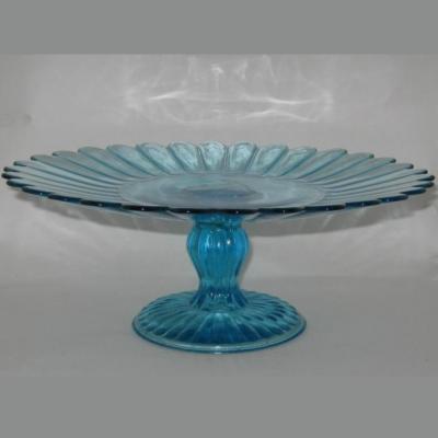 Ancienne assiette sur pied compotier en verre bleu moulé pressé
