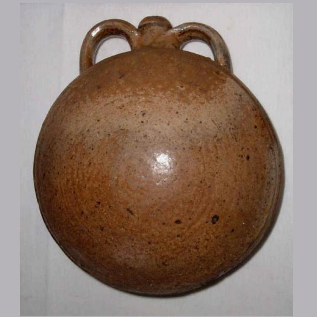 Gourde ancienne en gres de puisaye poterie 1