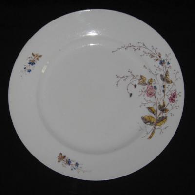 Ancien grand plat en porcelaine à la ville St Denis Paris Nouveautés