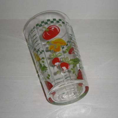Ancien verre doseur gradué vintage décor légumes