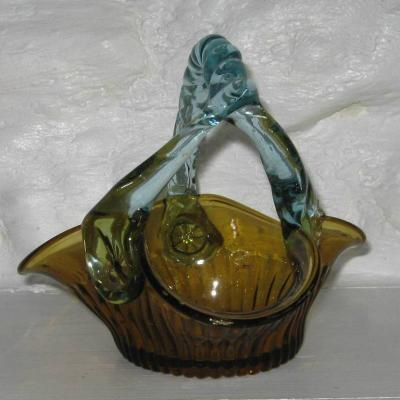 Ancien panier en verre marron et bleu dit George Sand