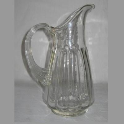 Pichet Normand ancien en verre moulé à large col pichet à cidre art populaire