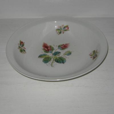 Ancien plat creux rond en porcelaine Paris ou Limoges roses en boutons