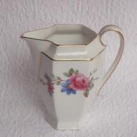 Pot a lait fleurs roses etc 1