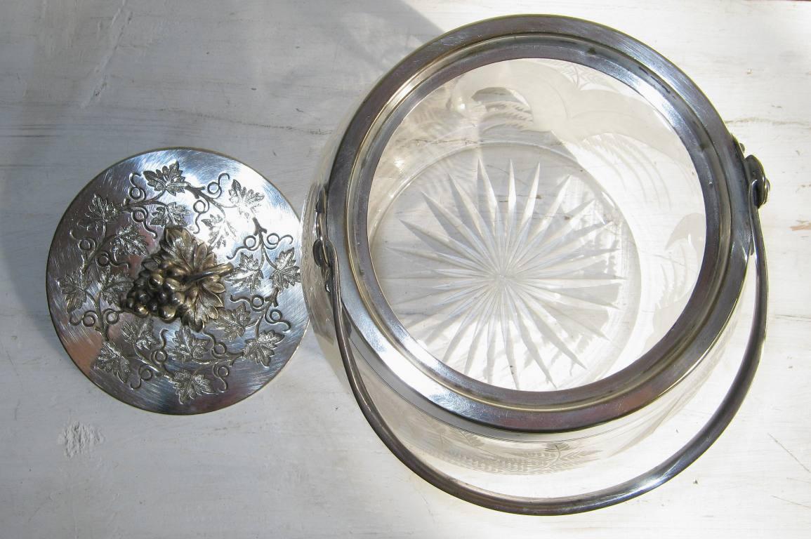 Seau a biscuits en cristal 7
