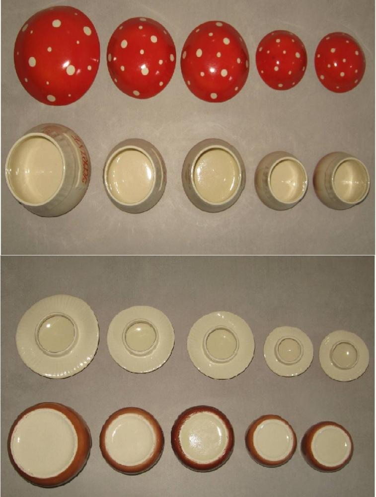 Serie de pots a epices en ceramique champignons 4