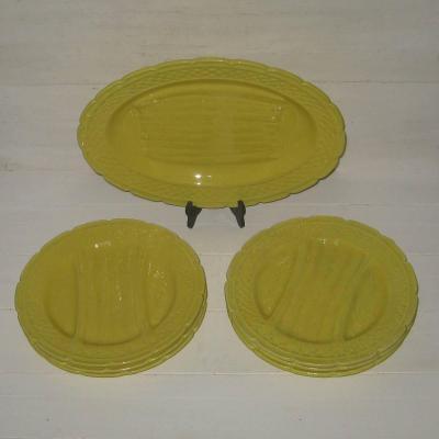 Ancien service à asperges en barbotine jaune production Orchies