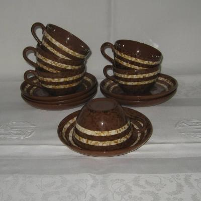 Six anciennes tasses et sous tasses Digoin Sarreguemines modèle Mary (lot 2)