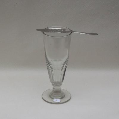 Ancien verre à absinthe et sa cuillère (1)